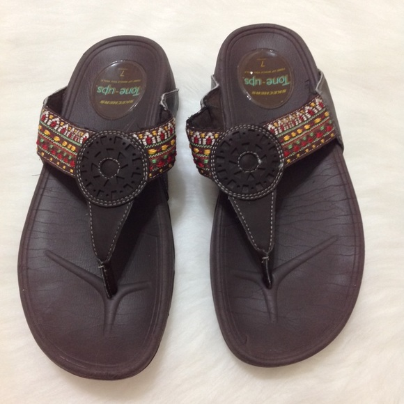 Sketch Tone Ups Sandals Size 7